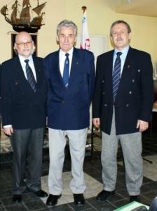 Trzech komandorów ATOLu